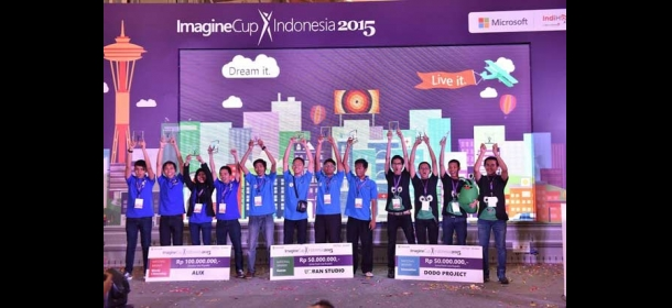 /pojok-kampus/unikom-a-universitas-trunojoyo-juara-imagine-cup-2015.html